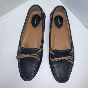 Clarks Artisan navy blue/tan loafers shoes sz 8.5
